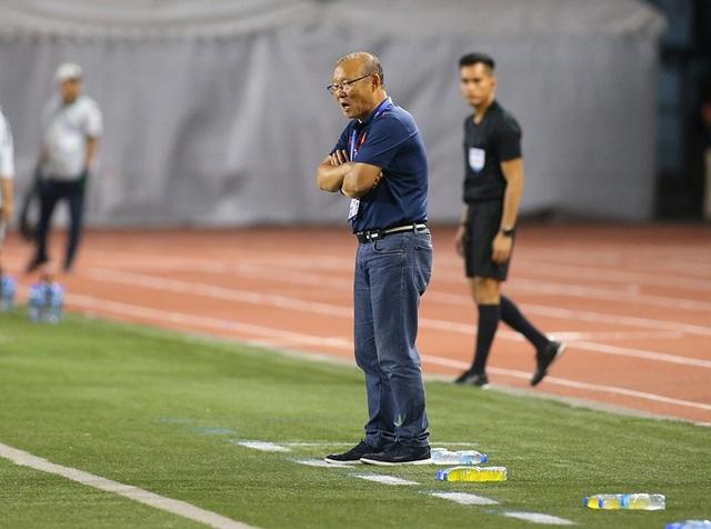 Cảm xúc đặc biệt của HLV Park Hang Seo trong trận đấu với U22 Indonesia - 1