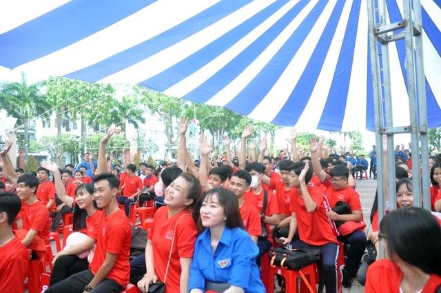 Sinh viên hành động thiết thực phòng, chống HIV/AIDS - 3