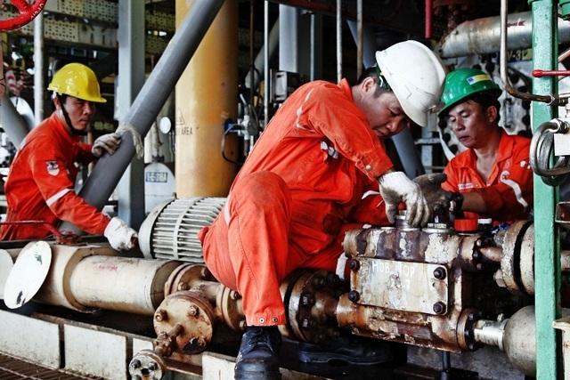 Dầu khí Việt Nam phát triển, đồng hành cùng đất nước - 2