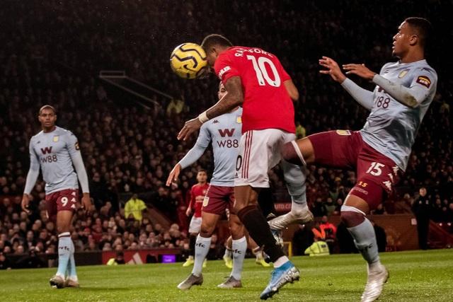 Nhìn lại trận hòa đáng buồn của Man Utd trên sân nhà trước Aston Villa - 7