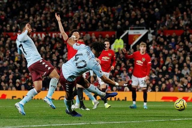 Nhìn lại trận hòa đáng buồn của Man Utd trên sân nhà trước Aston Villa - 14