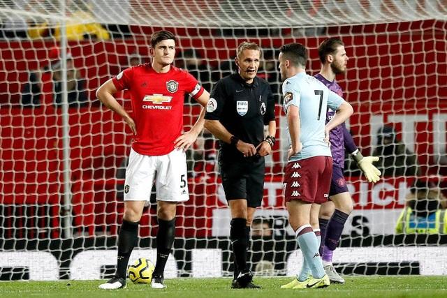 Nhìn lại trận hòa đáng buồn của Man Utd trên sân nhà trước Aston Villa - 16