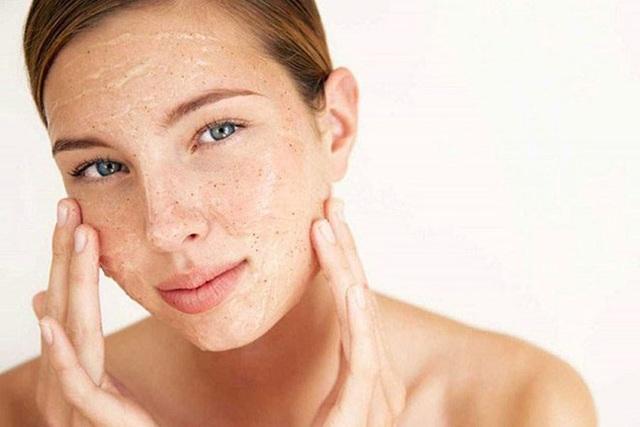8 bước để làn da không khô sần, mất nước trong mùa đông - 2