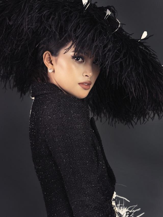 Hoa hậu Tiểu Vy ngày càng thăng hạng nhan sắc - 17