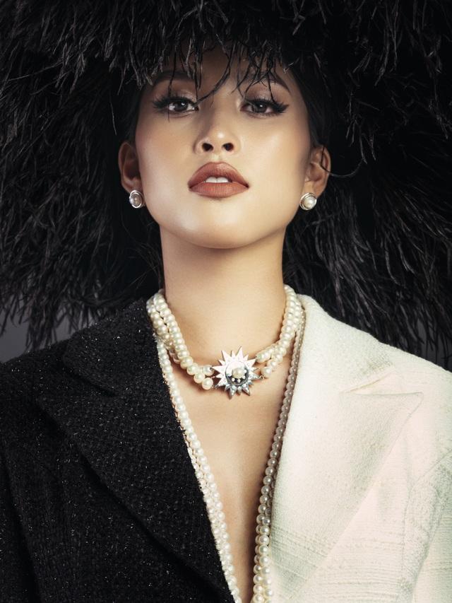 Hoa hậu Tiểu Vy ngày càng thăng hạng nhan sắc - 16