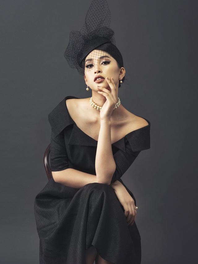 Hoa hậu Tiểu Vy ngày càng thăng hạng nhan sắc - 3