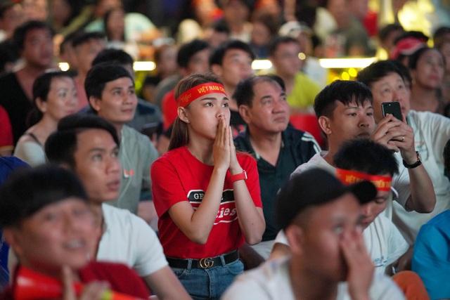 U22 Việt Nam - U22 Indonesia: Những cung bậc cảm xúc trái ngược trong trận cầu nghẹt thở - 3