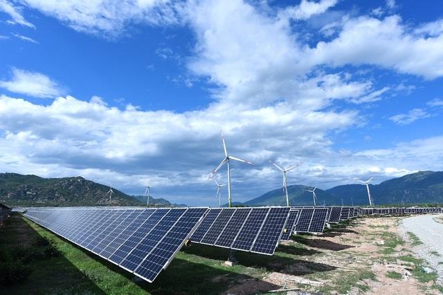 Ninh Thuận:Phát điện dự án điện gió có tuabin trên đất liền lớn nhất Việt Nam - 2