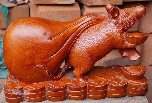 Tròn mắt thấy con chuột khổng lồ bóng loáng, nặng 10 kg - 5
