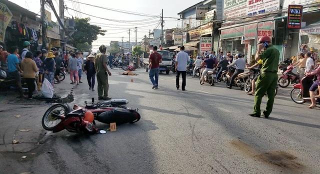 Va chạm xe máy, người đàn ông không đội mũ bảo hiểm tử vong - 2