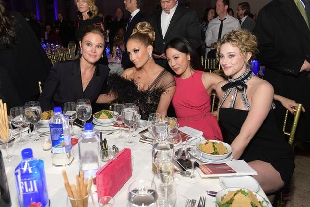 Jennifer Lopez đẹp kiêu sa và lộng lẫy - 13
