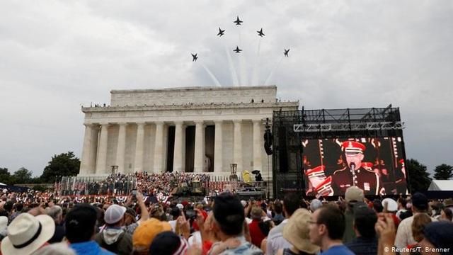 Những khoảnh khắc đáng chú ý của quân đội Mỹ năm 2019 - 8