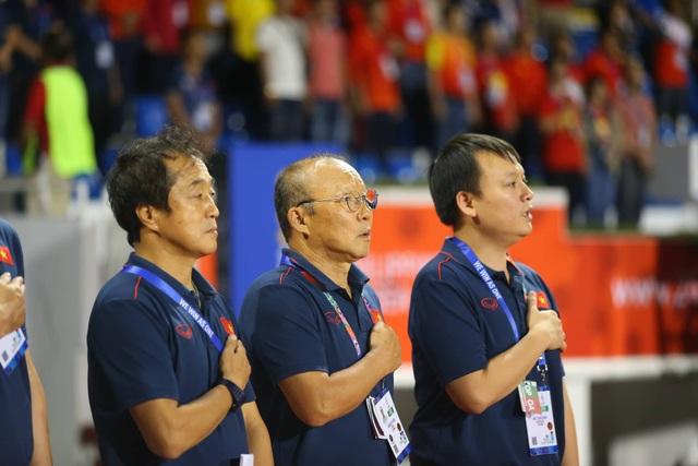 U22 Việt Nam 1-0 U22 Singapore: Đức Chinh ghi bàn quý giá - 23