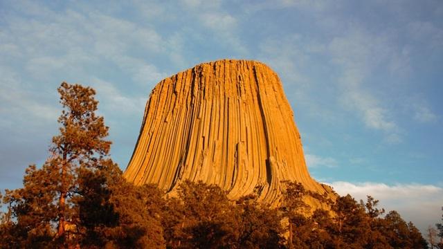 """Bí ẩn """"tháp Quỷ"""" tồn tại suốt 50 triệu năm - 1"""
