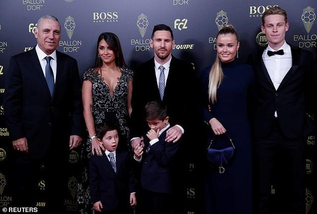 Lionel Messi lần thứ 6 giành Quả bóng vàng - 5