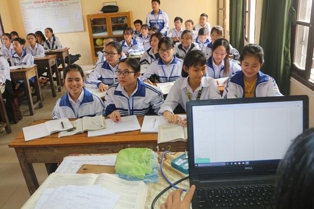 Hà Nam: Sẵn sàng triển khai ứng dụng hệ thống học bạ điện tử - 2