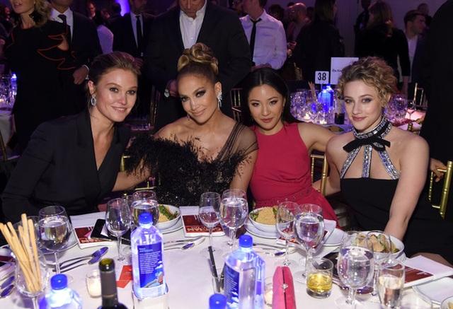 Jennifer Lopez đẹp kiêu sa và lộng lẫy - 12