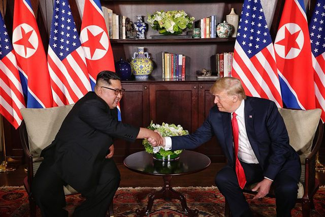 """Triều Tiên cảnh báo Mỹ sẽ nhận được """"quà Giáng sinh"""" tùy vào thái độ - 1"""