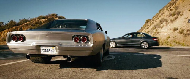 Soi lại chiếc Dodge Charger của Toretto trong Fast  Furious 7 - 3