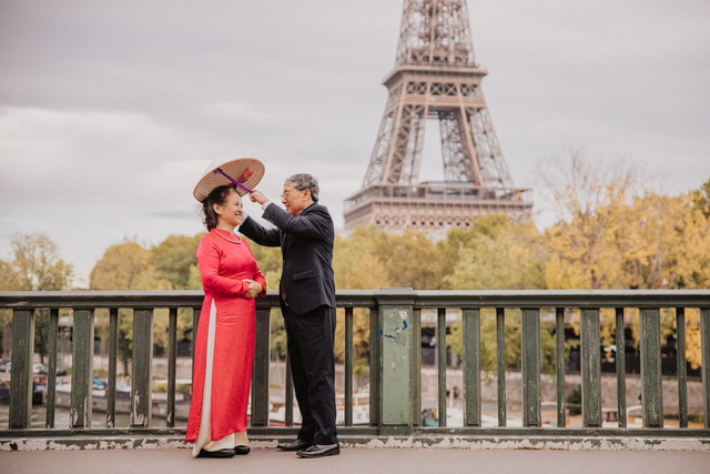 Mùa thu châu Âu rực rỡ sắc màu qua bộ ảnh của cặp vợ chồng 74 tuổi - 1