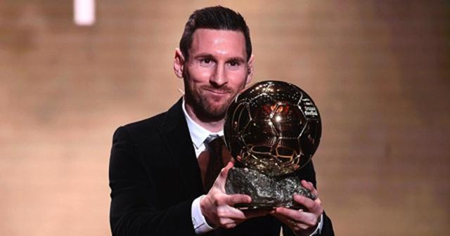 Người đẹp Brazil sơn mình nóng bỏng chúc mừng Messi giành Quả bóng vàng - 4