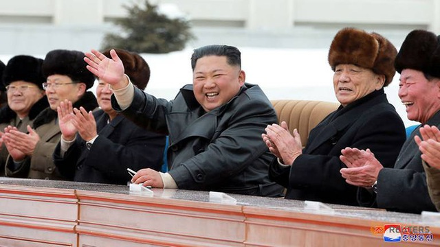 """Ông Kim Jong-un khai trương """"thành phố của nền văn minh hiện đại"""" cạnh núi thiêng - 3"""