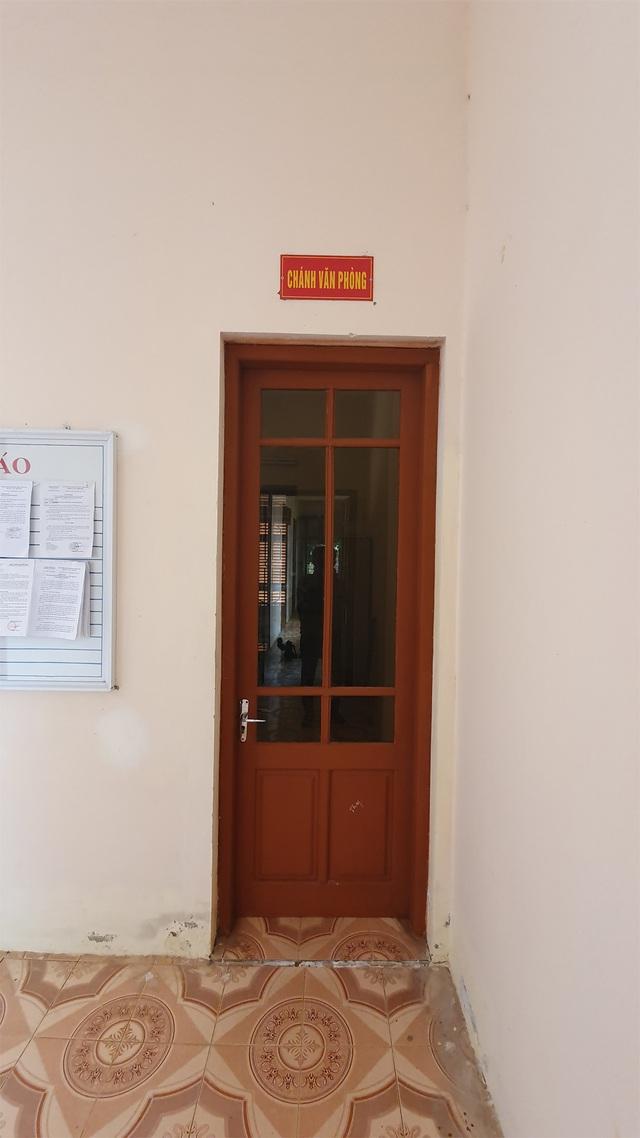 Hồ sơ đẹp không tì vết của Chánh Văn phòng tòa huyện trốn truy nã 26 năm - 2