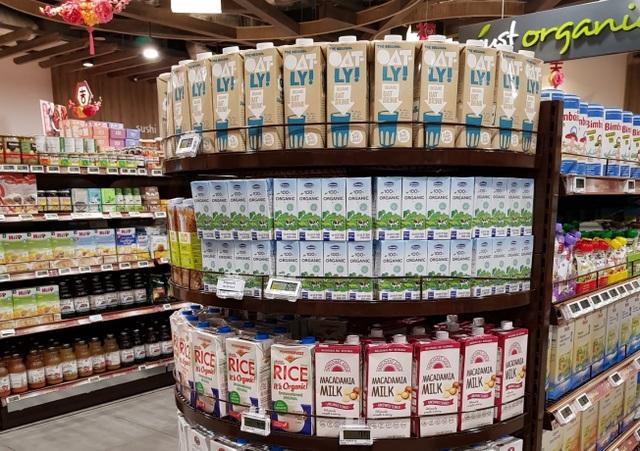"""Sữa tươi organic của Vinamilk dành được cảm tình của người dân """"đảo quốc sư tử"""" - 3"""