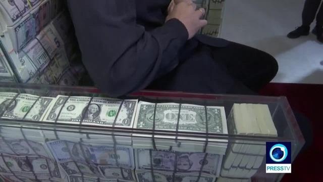 Quý ông giàu có dùng 1 triệu USD tiền mặt làm ghế ngồi chống đạn như ngai vàng - 3