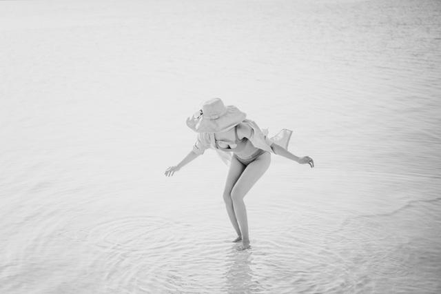 """""""Người đẹp không tuổi"""" Thanh Mai diện bikini khoe dáng ở biển Chết - 13"""