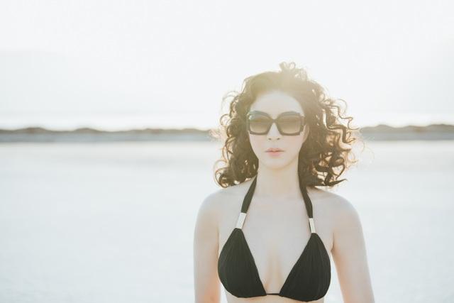 """""""Người đẹp không tuổi"""" Thanh Mai diện bikini khoe dáng ở biển Chết - 6"""