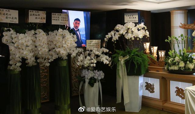 Xót xa chứng kiến bạn gái Cao Dĩ Tường nức nở trong tang lễ người yêu - 10
