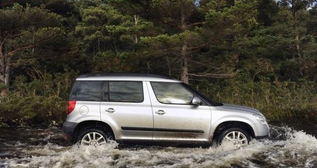 Xe nào có khả năng lội nước đỉnh nhất? - 5