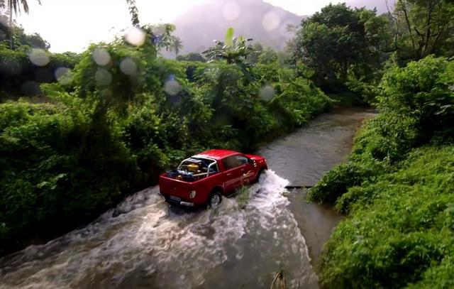 Xe nào có khả năng lội nước đỉnh nhất? - 4
