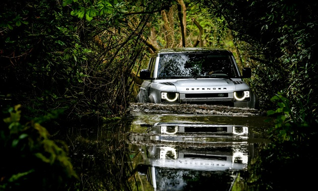 Xe nào có khả năng lội nước đỉnh nhất? - 3