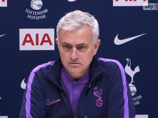 Man Utd - Tottenham: Ngày về của Mourinho - 3