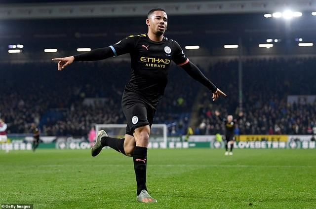 Burnley 1-4 Man City: Đẳng cấp của nhà ĐKVĐ - 2