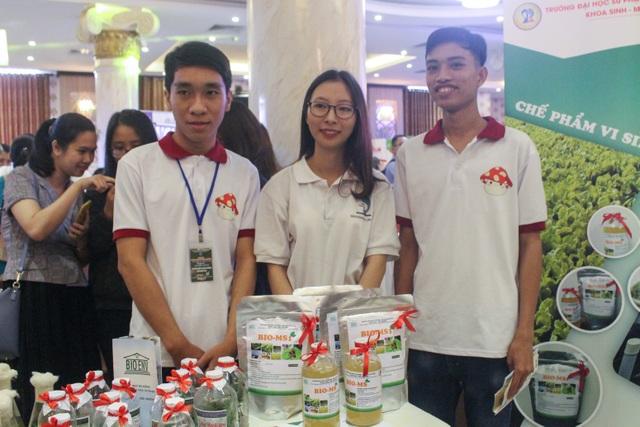 Nhóm sinh viên Đà Nẵng sản xuất thành công chế phẩm sinh học từ phân chim cút - 1