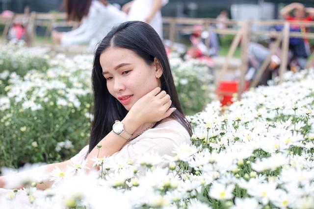 """Du khách hào hứng """"check – in"""" vườn cúc hoạ mi đầu tiên tại Đà Nẵng - 4"""