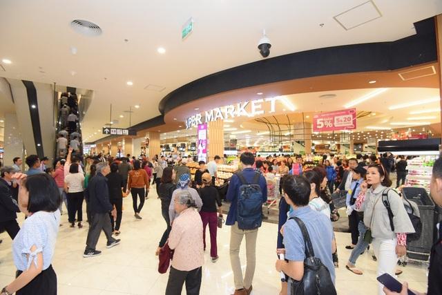 Đại siêu thị Nhật tại Hà Đông và chiến lược chuyển mình linh hoạt - 2