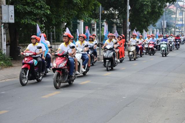 Gần 1.600 người tham gia phát động Hành trang an toàn giao thông - 2