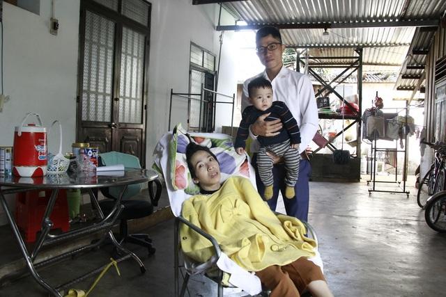 Cô giáo Trang mắc bệnh teo não được bạn đọc giúp đỡ hơn 80 triệu đồng - 2