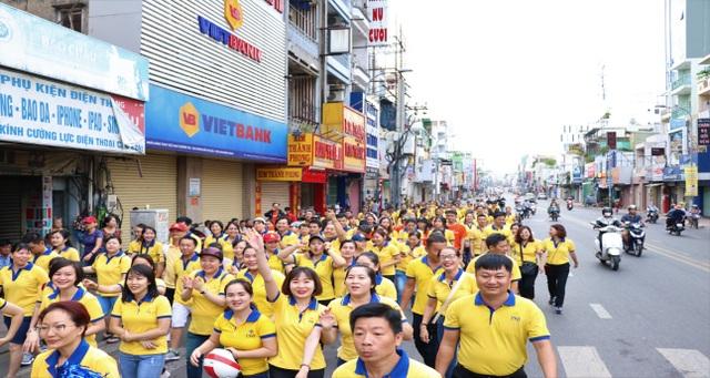 PNJ đi bộ đồng hành vì người nghèo 2019 - 2