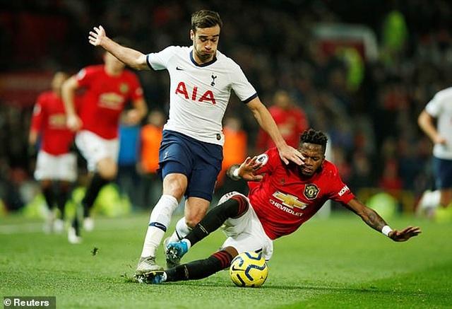 Man Utd 2-1 Tottenham: Cú đúp của Rashford - 4