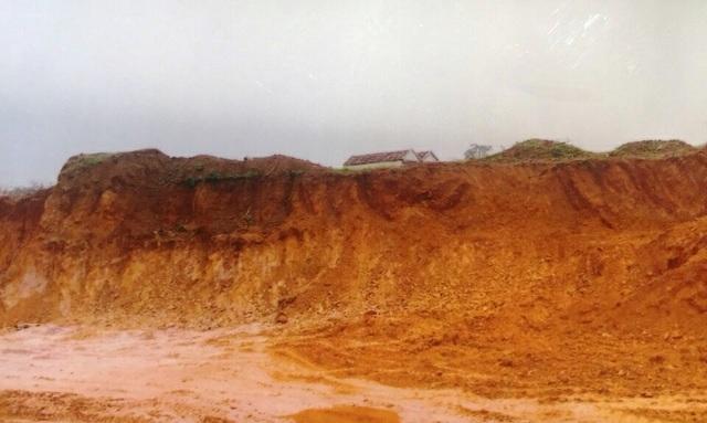 Khai thác khoáng sản quá độ sâu được phép, doanh nghiệp bị phạt 185 triệu đồng - 1