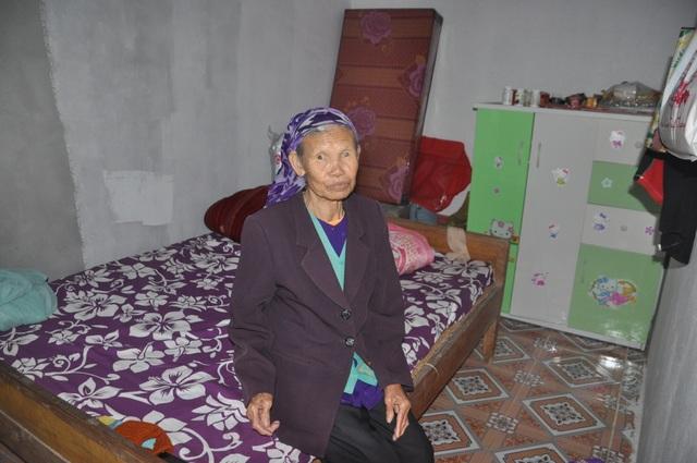 Cụ bà 85 tuổi, mùa đông năm nay không sợ rét nữa rồi! - 6
