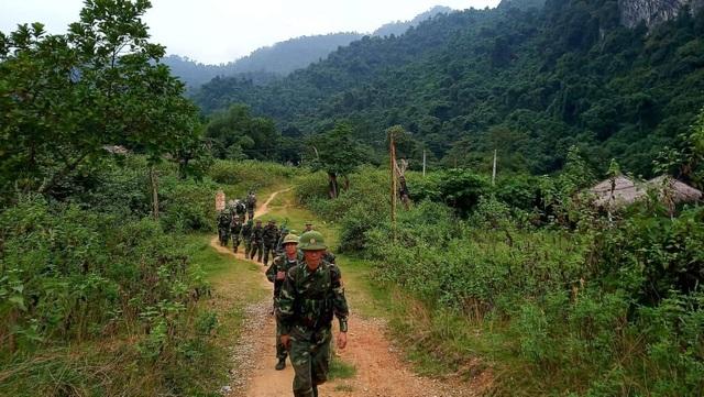 Hình ảnh người chiến sĩ biên phòng trên mọi mặt trận - 10