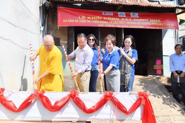 Chủ tịch Bùi Thanh Hương hội ngộ Happy Women Leader Network Gia Lai trong chuyến thiện nguyện - 3