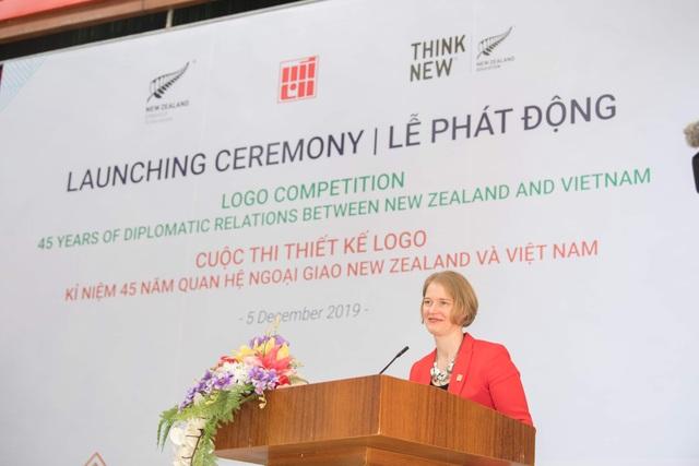 Đại sứ New Zealand chờ đón các tác phẩm sáng tạo của người Việt  - 1