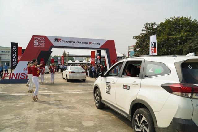 """""""Hành trình 5 châu cùng Toyota"""" đã kết thúc với điểm cuối là Việt Nam - 3"""